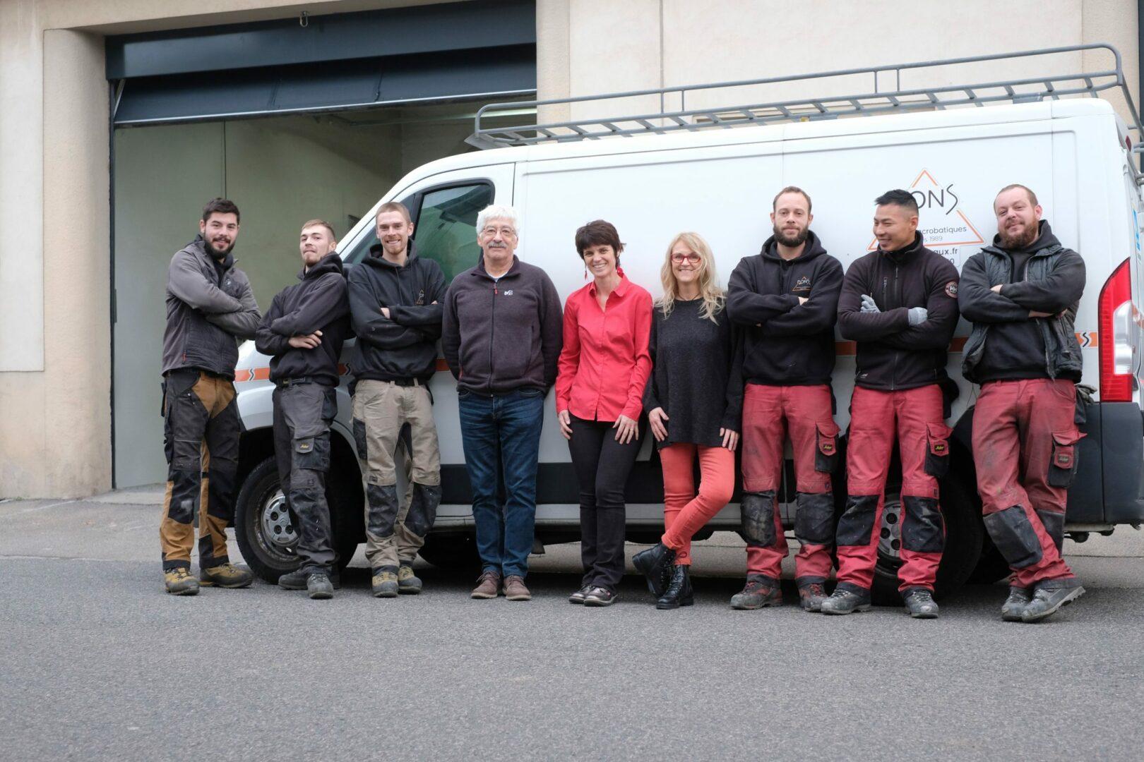 Photo équipe Pons Travaux acrobatiques voeux 2020 Milène Fortet